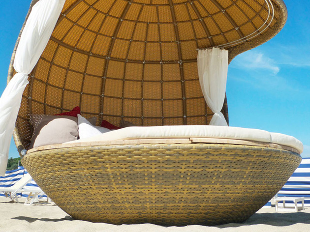 stylish-beach-cocoon-seating
