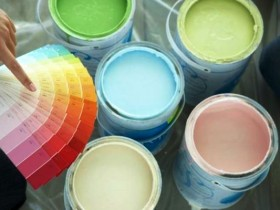 Choosing paint for painting wallpaper
